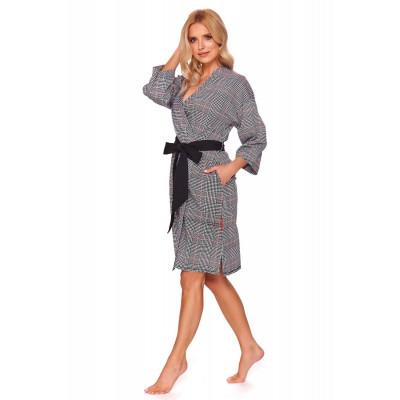 Элегантный клетчатый халат-кимоно с поясом